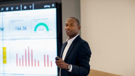 Partner giving presentation
