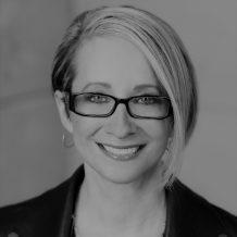 Nicole Dezen headshot